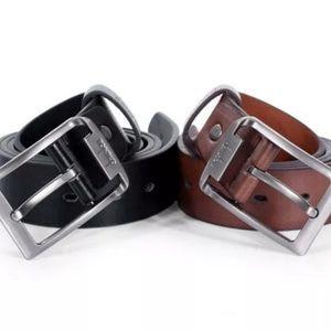 Lot of 2 men's belts